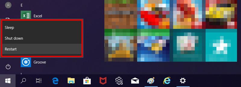 바탕화면 왼쪽 하단의 시작버튼을 눌러 Restart 선택 화면