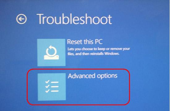 두번째에 보이는 Advanced options 선택하는 화면