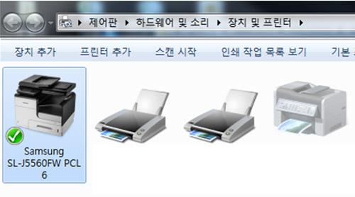 장치 및 프린터의 화면에 삼성 sl-j5560 시리즈 드라이버 선택 화면