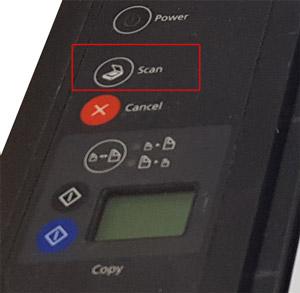제품 왼쪽에 보이는 조작부의 스캔 버튼 위치 화면