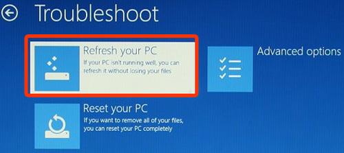 첫번째 항목인 Refresh your PC를 선택하는 화면